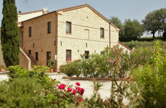 Accommodation for Sale in Potenza Picena Le Marche