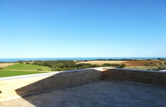 Price reduced.Villa with sea view in Lapedona, Fermo, Le Marche