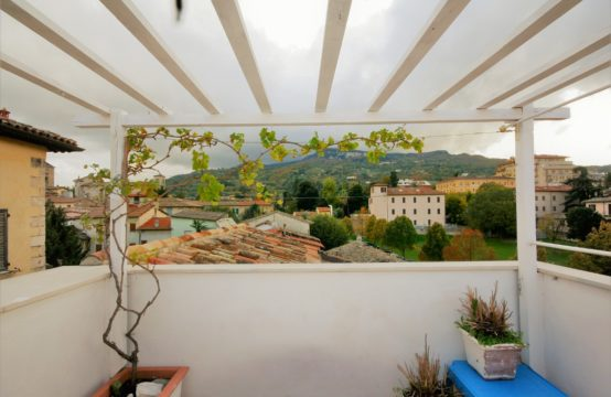 Smart restored flat in Ascoli.3 bedroom