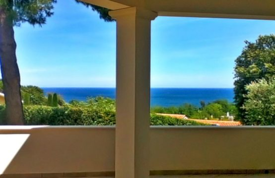 PRICE REDUCED. Villa with sea view for sale in Pesaro, Le Marche