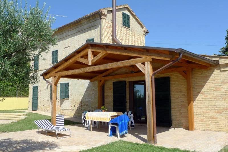 Casa Con Piscina A Loro Piceno Marche Marche Property