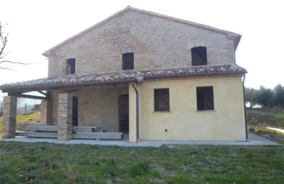 Partially restored farmhouse in Arcevia, Ancona