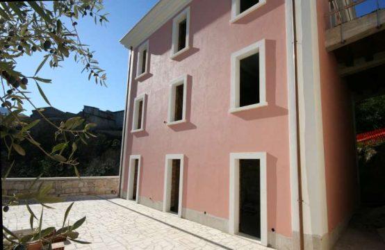 Casa/Appartamenti ad Ascoli Piceno con terrazzo e vista sul fiume