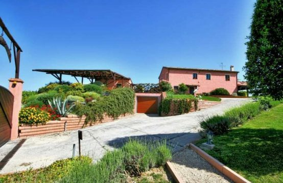 Country House for sale in Osimo Le Marche