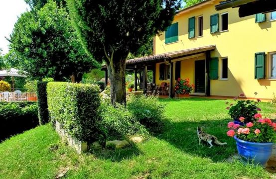 Country house for sale in Fano, Le Marche