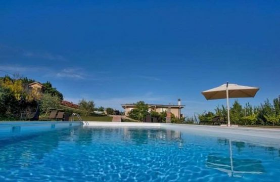 Villa with pool in Cupra Marittima, Le Marche