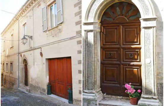 Antico Palazzo a Monte Giberto nelle Marche