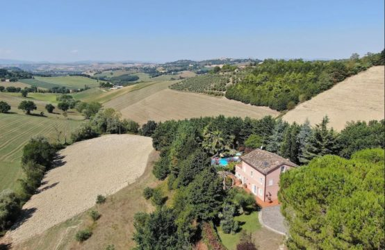 Villa for sale in Le Marche