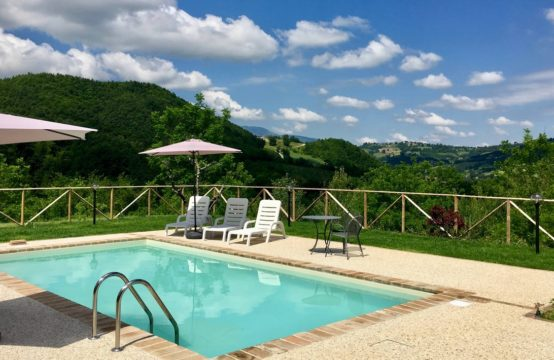 PRICE REDUCTION. Restored Farmhouse /Villa for sale Marche &#8211&#x3B; Smerillo