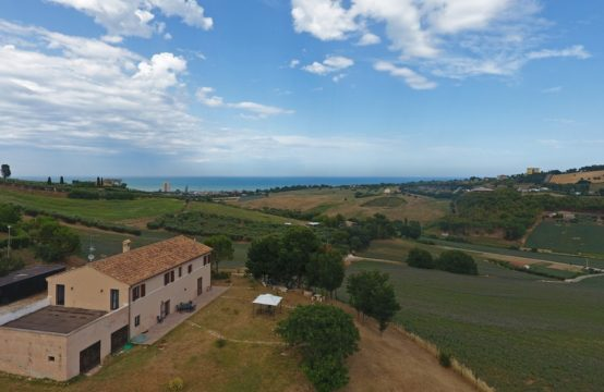5 bedrooms restored farmhouse, beautiful sea view for sale Marche