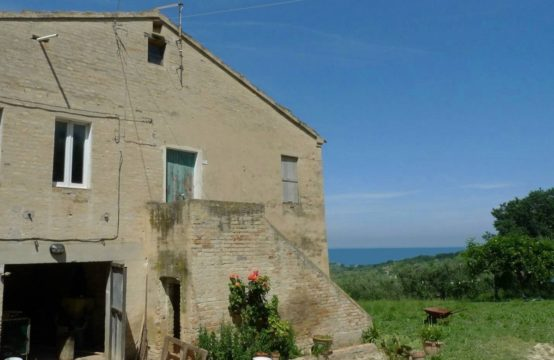 Sea view Farmhouse for sale in Le Marche