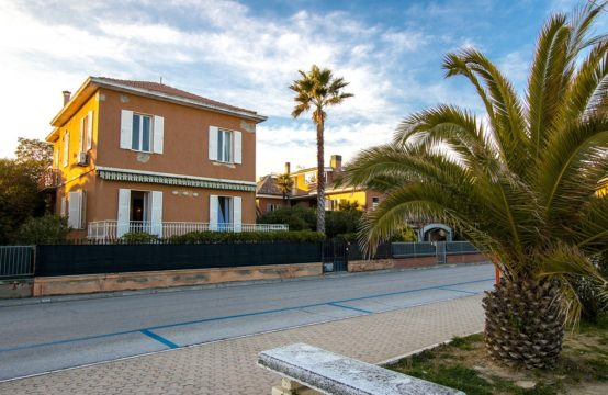 ***UNDER OFFER*** Seafront villa for sale in Porto San Giorgio, Le Marche
