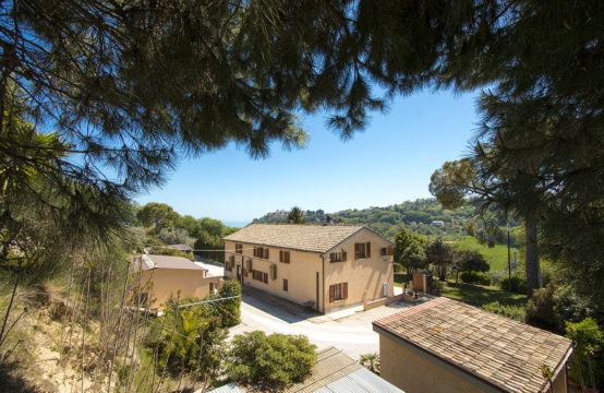 PRICE REDUCED. A large restored house with 4 apartments for sale TORRE DI PALME