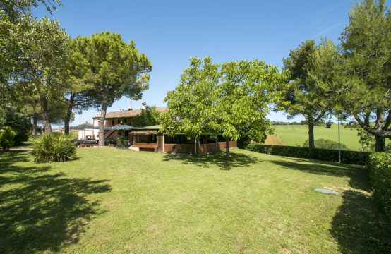 Agriturismo for sale in Marche near Ancona