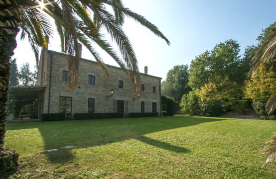 Luxury villa for sale in Le Marche, Senigallia