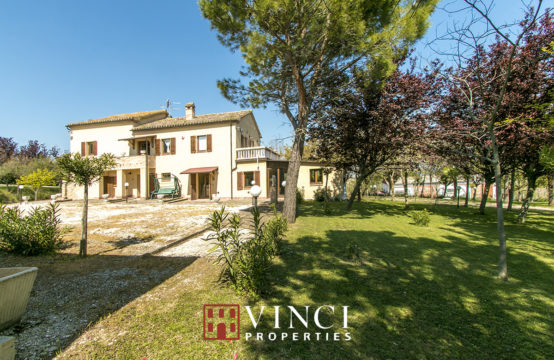 PRICE REDUCED. Casale Italo