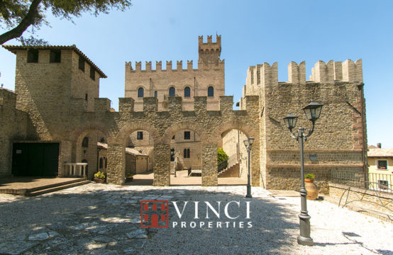 Castle for sale in Le Marche region. Castrum Tauleti