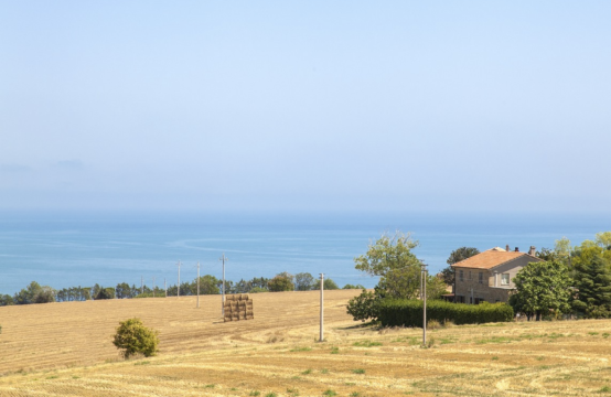 House for sale with beautiful sea view