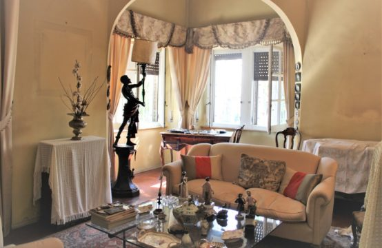 A rare and smart  apartment in a Liberty Style villa in the heart of San Benedetto del Tronto