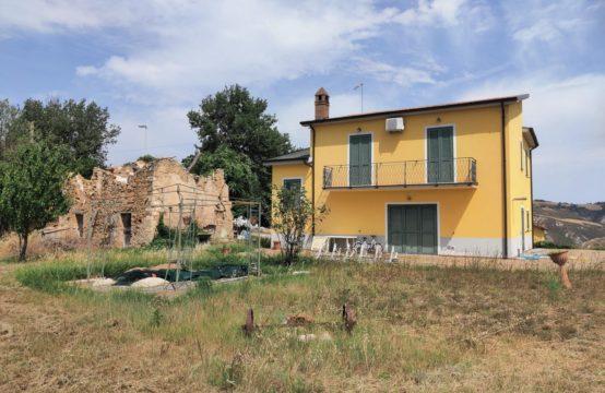 Casale Ascoli